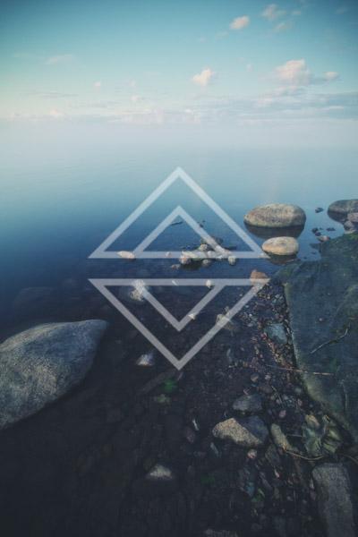 Fading Horizon